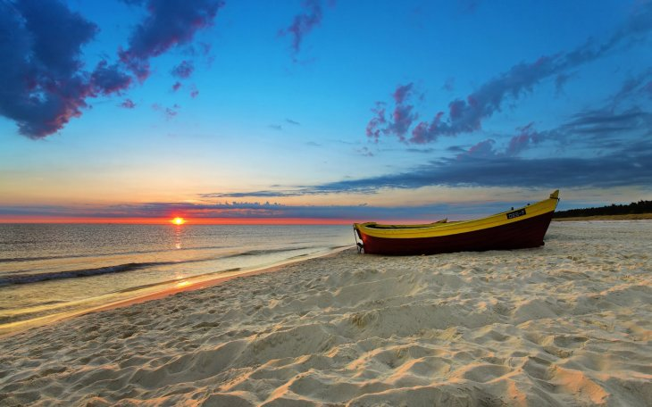 sea-and-beach-sunset-on-the-beach